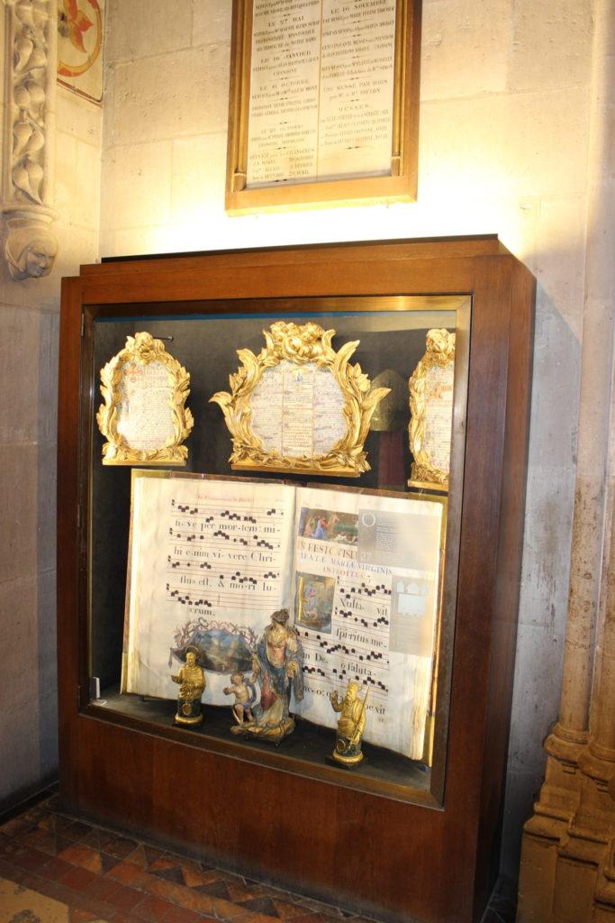 vitrine haute protection objet d'art